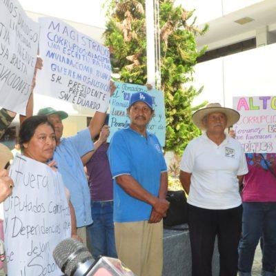 Acusan campesinos de Campeche a coordinador federal por despojo de tierras y exigen su destitución