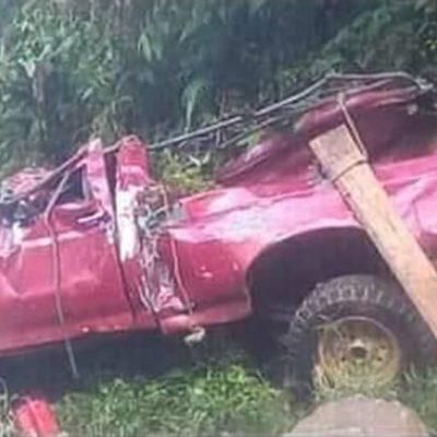 Deja accidente carretero saldo de dos muertos y trece heridos en Chiapas