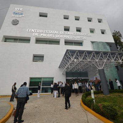 Protestan madres de niños con cáncer ante desabasto de medicinas en Veracruz