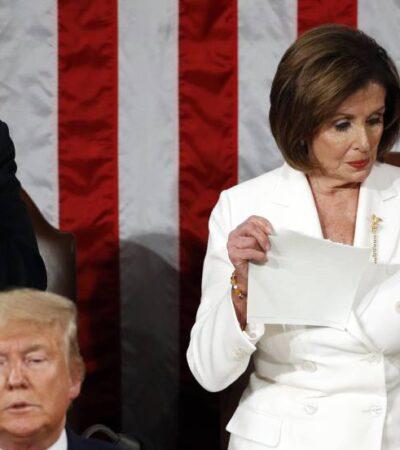 Describe Trump sus 'increíbles' resultados al frente de EU mientras Pelosi rompe copia del discurso