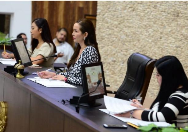 Yucatán, primer estado en el país con Mesa Directiva en el Congreso local integrada únicamente por mujeres