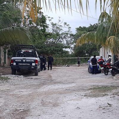 Muere asesinado un hombre en área verde de transitada avenida de Cancún