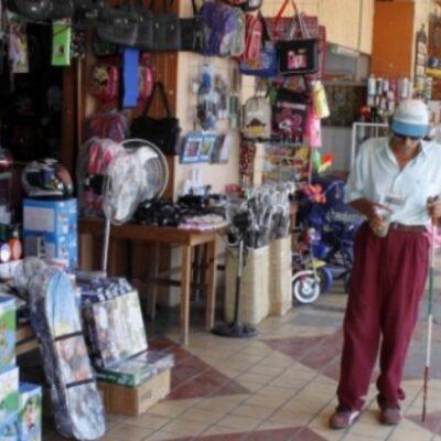 """Locatarios del mercado """"Altamirano"""" vuelven a ocupar pasillos externos por falta de ventas en Chetumal"""