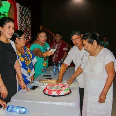 SACA DON PAULINO EL VALOR MEXICANO: Contrae matrimonio pareja de ancianos en JMM… ¡después de 60 años de unión libre!