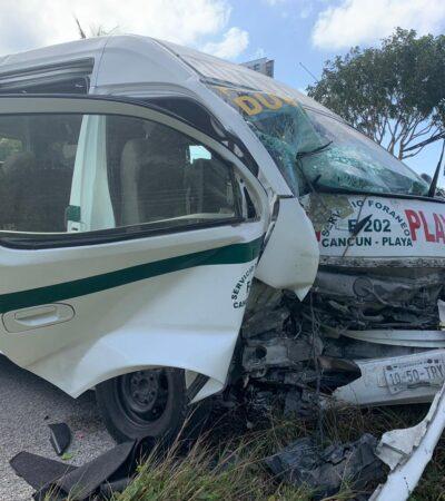 Saldo de dos heridos al accidentarse una Urvan del transporte foráneo entre Cancún y Playa del Carmen