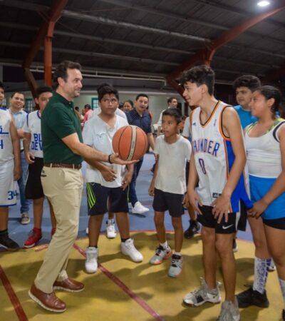"""Modernización de luminarias en el domo deportivo del Parque """"Las Rampas"""" beneficia a más de 4 mil 900 habitantes de Cozumel"""