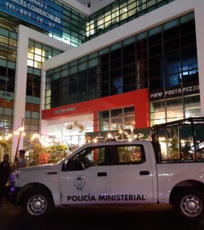 Protagonizan agentes federales escándalo en hotel por encañonar a turistas en Cancún