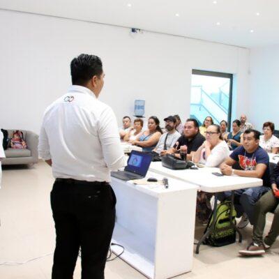 Capacitan sobre ventas a micro empresarios, artesanos y público en general en Puerto Morelos