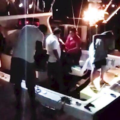 Rescata Marina a embarcación a la deriva en Cozumel