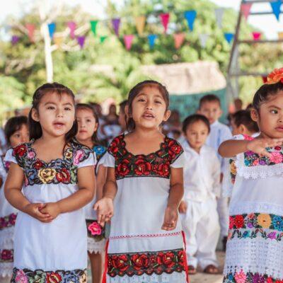 Celebran en la zona maya de Tulum 'Día  Internacional de las Lenguas Indígenas'