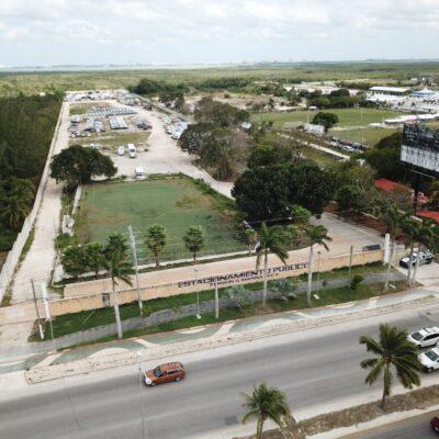 GALERÍA   ESTE ES EL TERRENO QUE BORGE LES 'REGALÓ' A LOS MILLAR: Vistas desde un dron del predio asegurado este sábado a Alberto Millar sobre el bulervar Colosio de Cancún