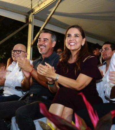 Omar Terrazas, esposo de Mara Lezama, voz oficial del Carnaval Cancún 2020