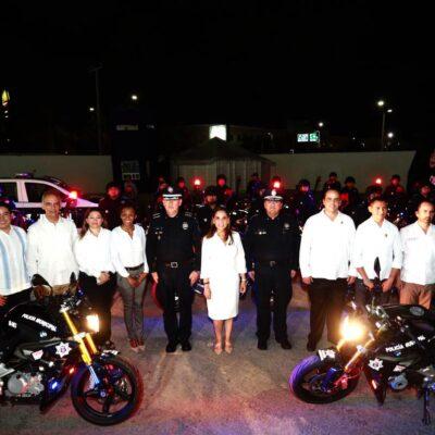 Capella y Mara entregan 29 patrullas a la policía… pero 28 son motos BMW