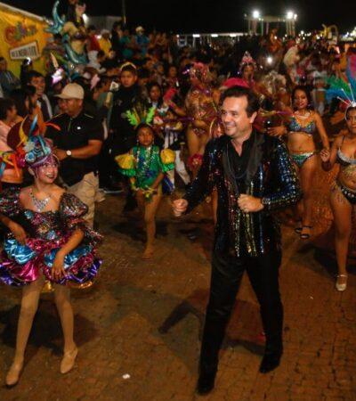 Ante más de 12 mil personas, encabeza Pedro Joaquín el Primer Gran Desfile del Carnaval Cozumel 2020