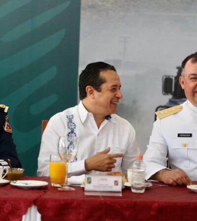 CELEBRAN EL DÍA DEL EJÉRCITO: Coordinados con las fuerzas armadas, se avanza para recuperar la paz y tranquilidad en Quintana Roo, asegura Carlos Joaquín