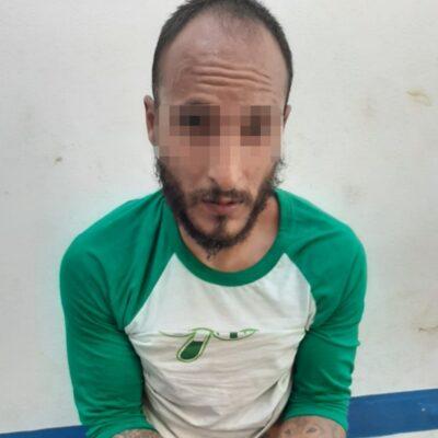 Capturan en Playa del Carmen a sujeto que se trasladaba en taxi con varias dosis de drogas