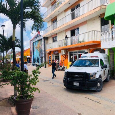 Encuentran a turista muerto en habitación de hotel en Cozumel