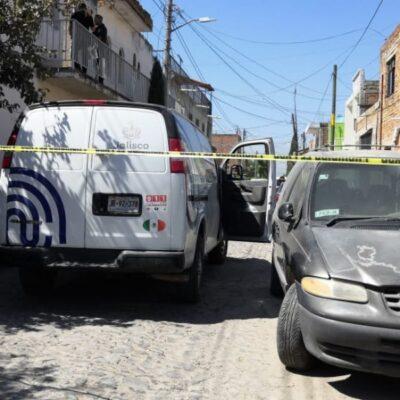 Sujeto asesina a su esposa a puñaladas y luego se suicida en Tonalá