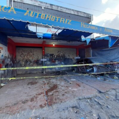 Catea Policía Ministerial taller mecánico de Cancún en busca de autos robados