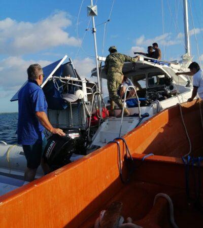 Rescatan la Armada velero con dos estadounidenses que encalló a 600 metros del Canal Zaragoza