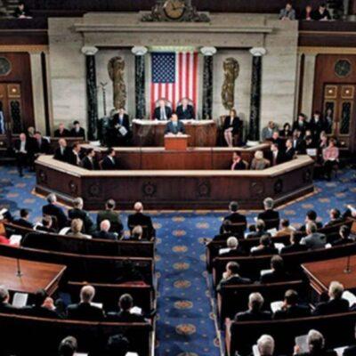Senadores de EU sabían del Covid-19 y vendieron millonarias acciones antes de la crisis financiera