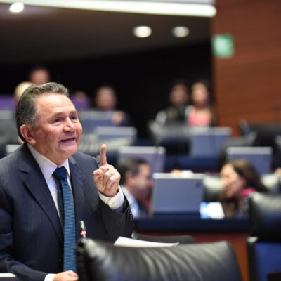 Presenta Senador Pech iniciativa para hacer realidad el acceso y disfrute público de las playas en México