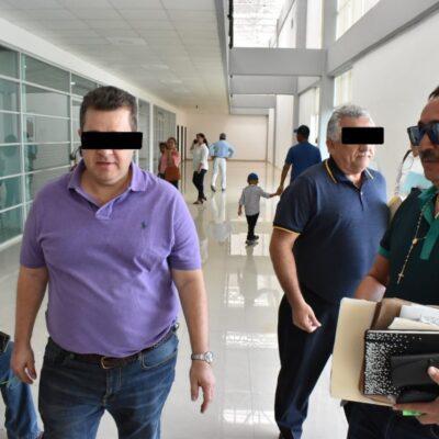 Vinculan a proceso a ex funcionarios del SQCS por el delito de desempeño irregular de la función pública por 743 millones de pesos