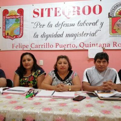 Se manifiestan docentes del Siteqroo contra nuevos lineamientos laborales en Felipe Carrillo Puerto