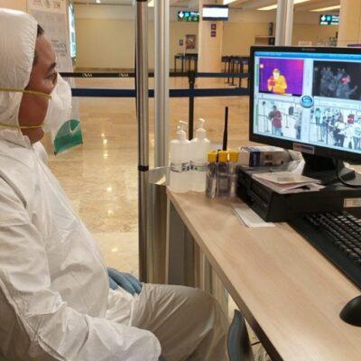 Filtros sanitarios realizan detección oportuna de posibles casos de coronavirus en el Aeropuerto Internacional de Cancún