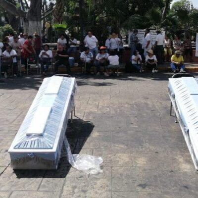 Jubilados exigen a AMLO atender sus reclamos contra los servicios médicos de Pemex en Yucatán