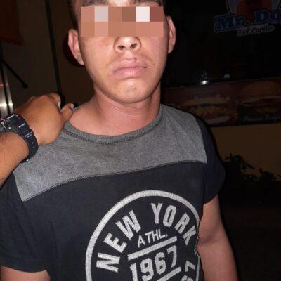Rescatan a pareja encerrada en hotel de Playa del Carmen; hay un detenido