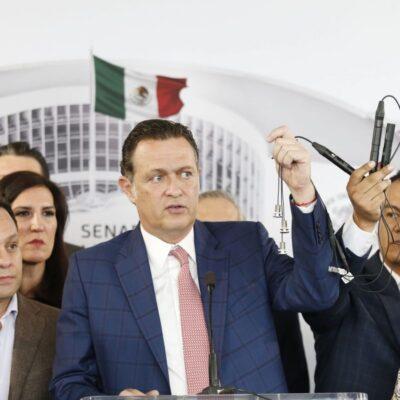PAN denuncia espionaje en Senado y muestra micrófonos… suspenden sesión