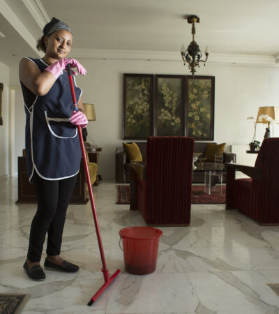 Empleadas del hogar padecen despidos y malos tratos durante contingencia por coronavirus