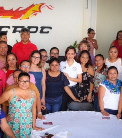 Pide Laura Fernández a mujeres de Puerto Morelos seguir luchando para tener una sociedad más justa y equitativa