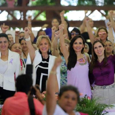 Llama Laura Fernández a redoblar esfuerzos para consolidar los derechos de las mujeres