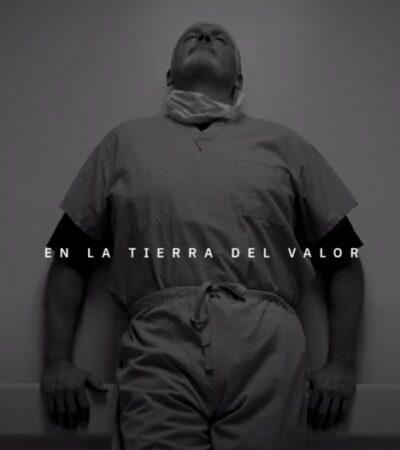 VIDEO | Lanzan himno nacional de Estados Unidos en español