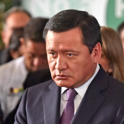 Senador Miguel Ángel Osorio Chong se contagia de COVID-19; se aísla en su casa