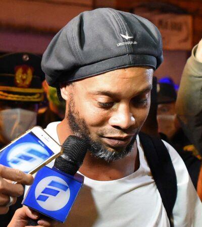 Liberan a Ronaldinho tras depositar fianza de 1.6 mdd; permanecerá en un hotel sin poder abandonar Paraguay