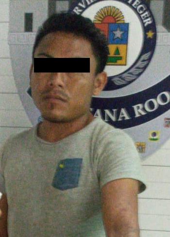 Sujeto en Cancún pretendía entrar a casa de su ex por la ventana; lo detienen por violencia familiar