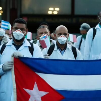 México pediría médicos especialistas a Cuba para apoyar lucha contra el Covid-19