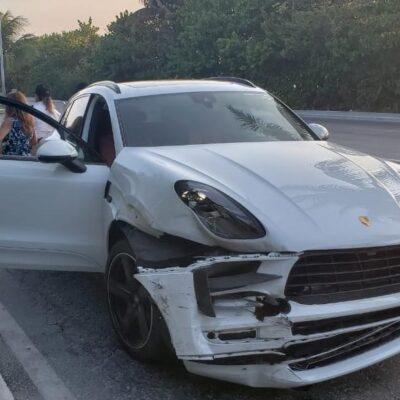 Ex presidenta de la Acluvaq choca en su Porsche en la zona hotelera de Cancún