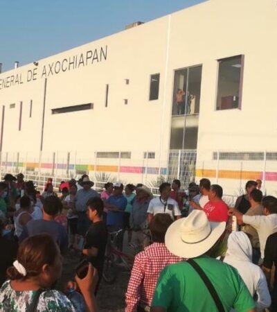 Amenazan pobladores de Morelos con quemar hospital que atenderá a enfermos con Covid-19