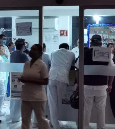 NUEVA MANIFESTACIÓN EN HOSPITAL DE CHETUMAL: Protesta nocturna de médicos y enfermeras para reclamar entrega de equipo básico para atender a enfermos de COVID-19