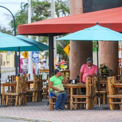 Venta de comida a domicilio es la única manera de mantener empleos y evitar cierres de restaurantes en Cozumel