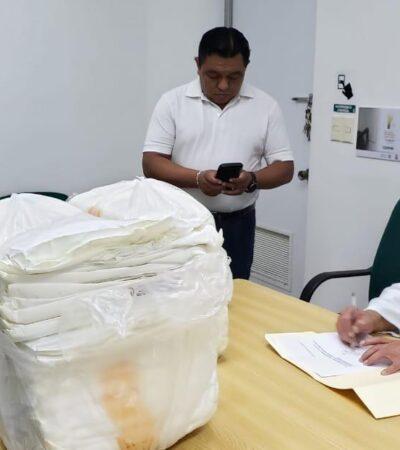 """""""LOS COMPAÑEROS DE INTERNA NO TENEMOS OVEROLES"""": Médicos y enfermeras del IMSS denuncian falta de entrega de equipo donado; Lorna Graniel, la enfermera fallecida en Cancún, también se quejó de falta de suministros"""