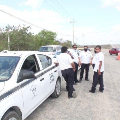 Taxistas mantienen servicio en Felipe Carrillo Puerto bajo estándares sanitarios