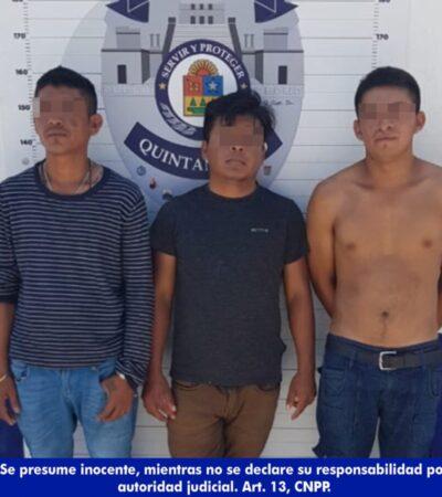 Detienen a tres sujetos cuando asaltaban a transeúnte en Cancún