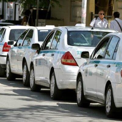 Taxistas se apuntan para créditos a la mano federales