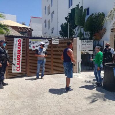 Clausura Ayuntamiento de Puerto Morelos obra de construcción por violar prohibición sobre actividades no esenciales