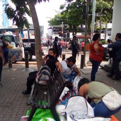 Con policías obligan a suspender comercio informal en Villahermosa